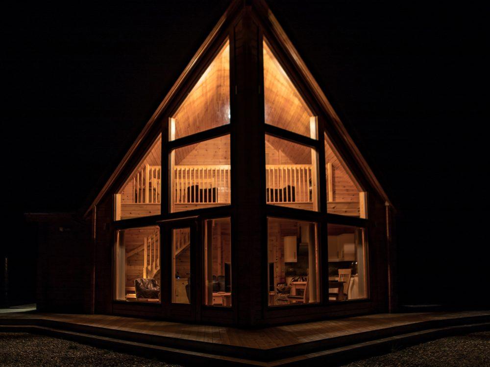 Lorien Lodge Skye night